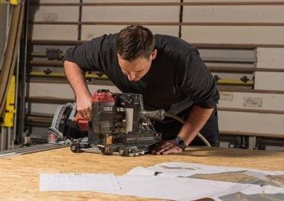 Produktion-von-Holzrahmenbauelementen-bei-der-FH-Finnholz
