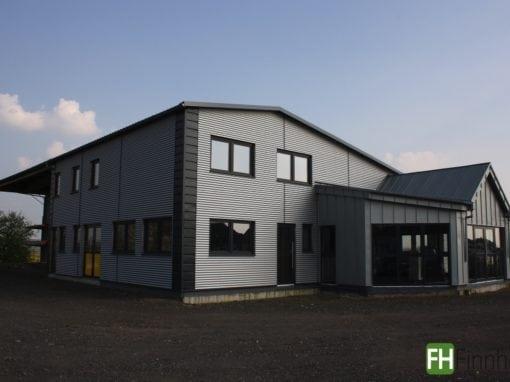 Lagerhalle mit Büro in Wölfersheim