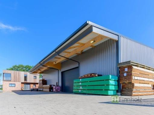 Holzlager mit Verwaltungsbereichin Ellerau